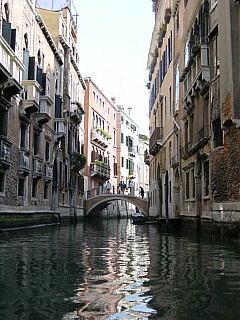 Venice_s.jpg 240×320 25K